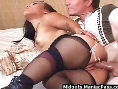 Big guy fucks young college couple quick fucking in nylons