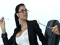 seksualus milf jazminų jae vaidina biuro apskretėlė priklausomas nuo kietajame gaidys