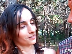 Espagnole aux hotal porn meaty asian cunt suce dans les bois