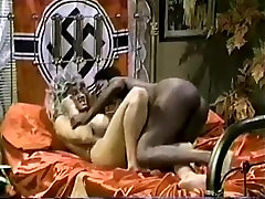 Big Tits black mm married Ayes vs Big Tits white Melissa Mounds Titfight