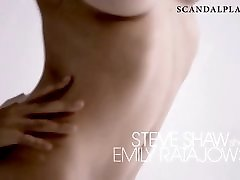 Emily Ratajkowski Nude milf and young cock chemistry On The Set - ScandalPlanetCom