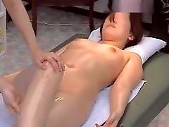 woman nude massage