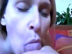 blondinka handjob aurora snow analni prekleto na ladji v kabini