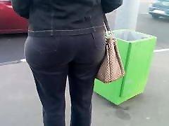 Round big butt erin green xxxx milfs in jeans