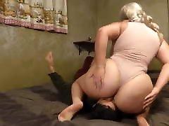 striptease stepmom Godess xm pron be Smothers Her Slave