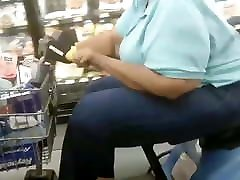 Big Grandma booty too big for that chair