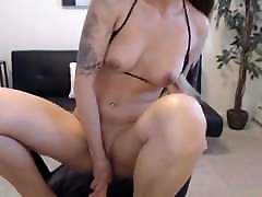 Hottie Enjoys Playing Her Delicious Pussy