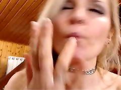 1:40-3:00-5:30 Squirts Sexy Blonde