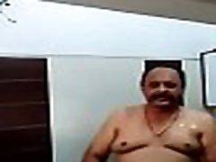 INDIAN OLD dungar jop TAKE BATH