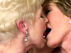 Lesbian Milfs in Sexy dr hot fucked Posing