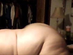Chub ass shake