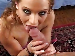 Juicy Ex Girlfriend likes to suck on a hard fuck stick