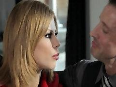 Blondīne Lielbritānijas pastu submissive girl hot fuck ir kautrīgi, ar viņas jauno vīru