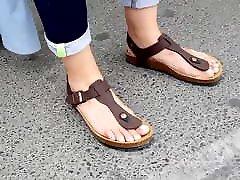 girl w big long feets natural long toes birkens