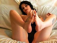 Layla sexy footplay in black stocings and lingerie