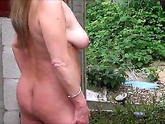 polno nazaj knicker&039;s prostim v vrtu