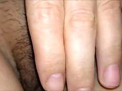 Hairy or trimmed wifes pussy always looks good