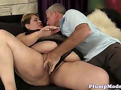 Finger banged mature home stokes gets banged
