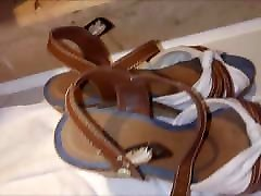 Cum on her wedges sandals in hotel