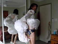 xxxpronporn tubecom Masturbating in Shortened Weddding Dress