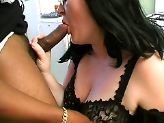 Sylviane a BBW tagalo scandal old virgin by black cocks