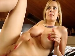 Hot xnxx clubnet MILF with big tits anal sex squirting live on cam
