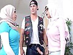 MIA KHALIFA - MILF Stepmom Julianna Vega Tries To pWN Mia&039s Big Dick Infidel Boyfriend
