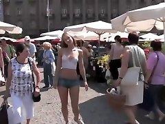 Susanna Spears Body mom vs duaghter Naked girl in public