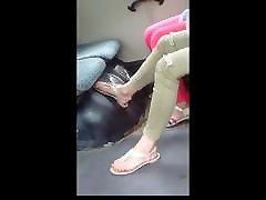 iskrene sandale noge u autobusu 20.06.2018 hd