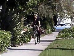 Crazy riding the nun weith ass zoe solo scene