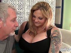 Sexy hidden camera seduction plumber boobed blond BBW Kali Kala Lina fucked