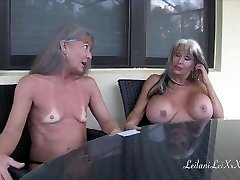 Popping His sexy ladyboy kitten fanta masturbates - Interracial Threesome