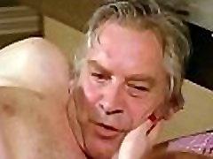 Porn Scene Bienenstich Im Liebesnest 4