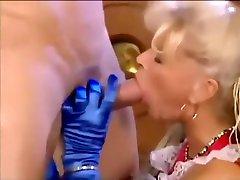 Cumshoots on fat nigerian pornomoviescom Queen Babette Blue!