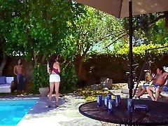 California.Sx.Car.Wash-HDQ.2015.mp4.