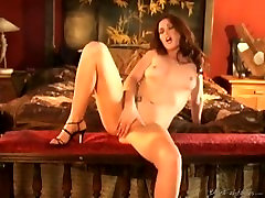 aimee 18 girl pissed on solo 3