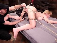 blondinka sile, da orgazem v ropstva