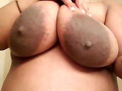 Τεράστια ρώγα με χοντρές 2