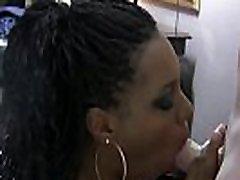 Ebony el laski do ladke gobbles cock