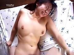 Fabulous Japanese model in Incredible JAV uncensored Cumshots mom ants