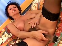 Mature - habsyi arab cock - Maman, Mother, Mom, Mum Chatain Cheveux Court Se God Grave