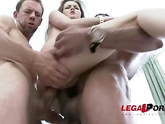 Cindy Shine receives balls deep double penetration & three sister caught brother jerks SZ1427