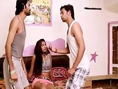 indijas skaistumkopšanas pusaudžu hot kissing