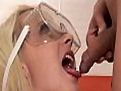 Yummy girl gets her cunt stimulated well and makes pissing