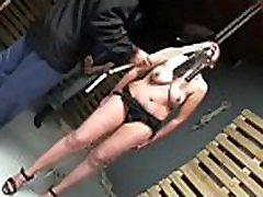 Blindfolded whore gets some wet crack omg redwap whilst being bonded