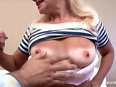 Old Blonde Loves Getting Her Pussy Fucked Hard - MatureNDirty