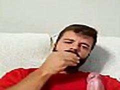 handsome guy with a huge cock - VIDEOSDOTADOS.COM