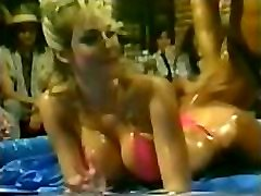 80&039s Mixed Oil Wrestling