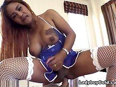 Jasmine in raslin start Nurse Barebacking - LadyboyGold