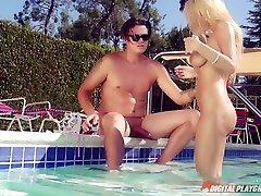 Bradley Remington & Kayla Kayden in Got Milk?